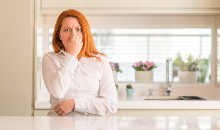 How to get rid of cesspool smell at home?